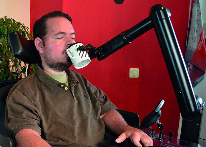 iARM Robotic arm: Drinking
